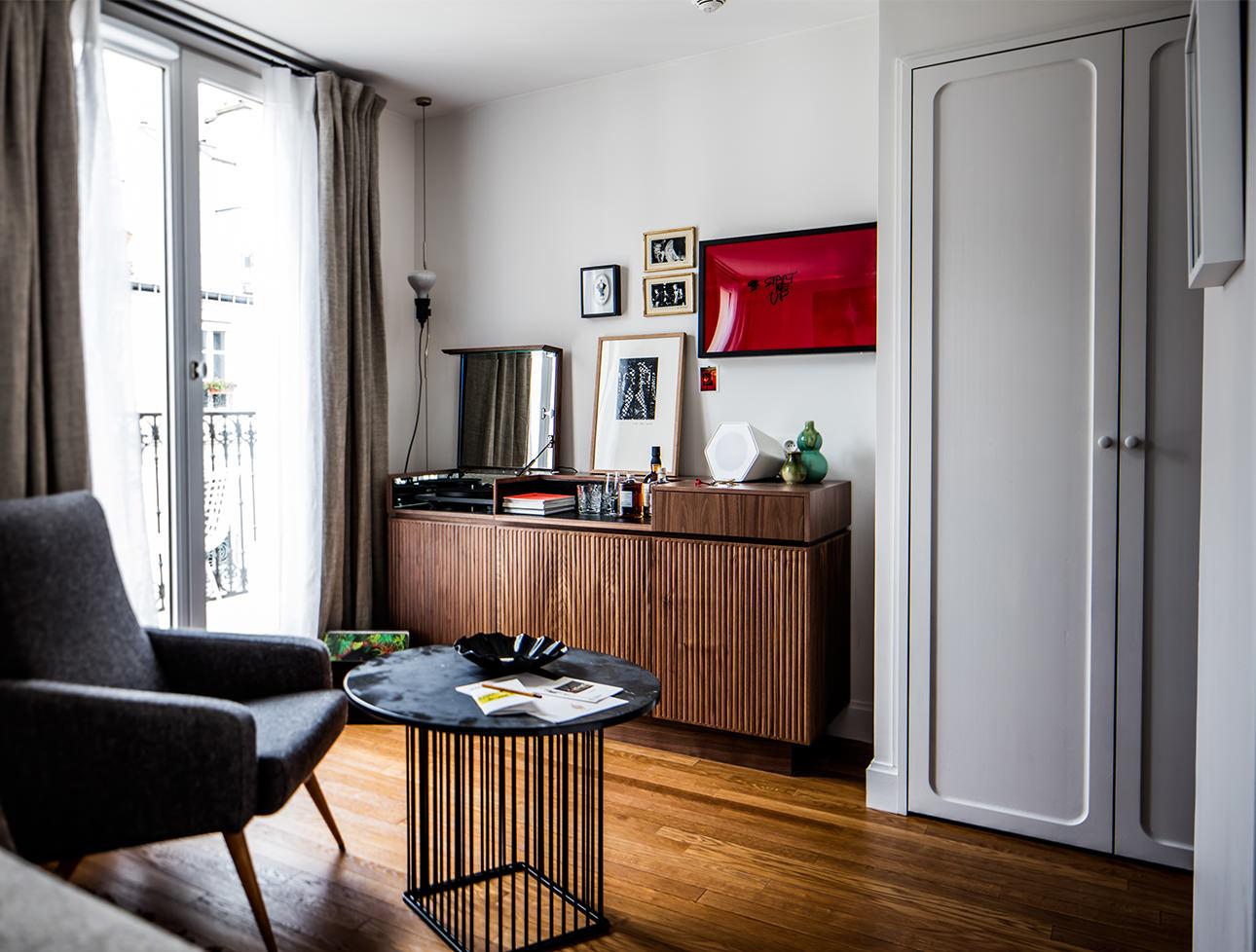 Midcentury Double Room Decor Le Pigalle Hotel Paris