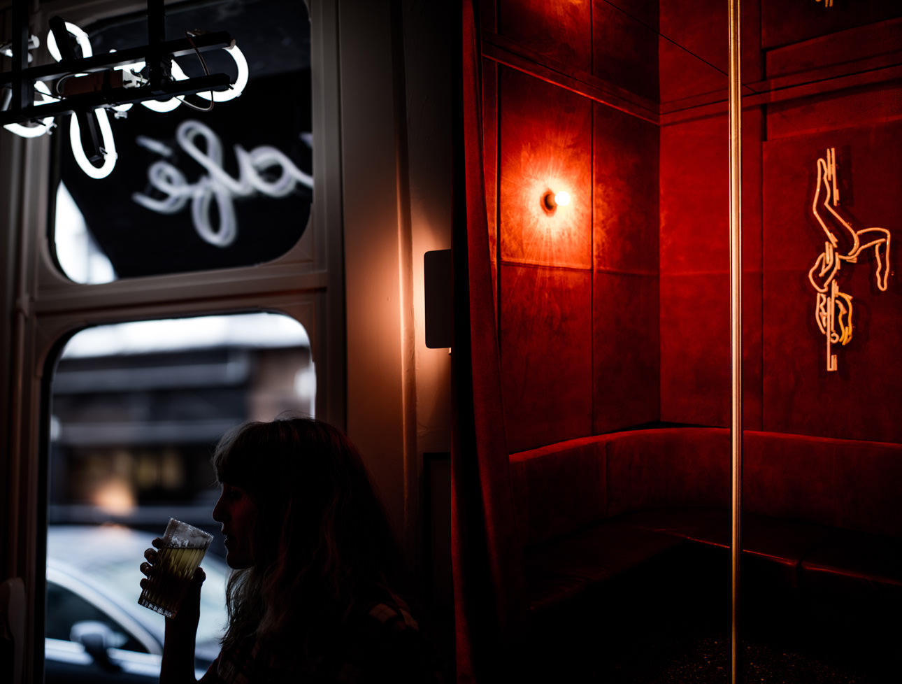 le-pigalle-hotel-cafe-nightlife-paris
