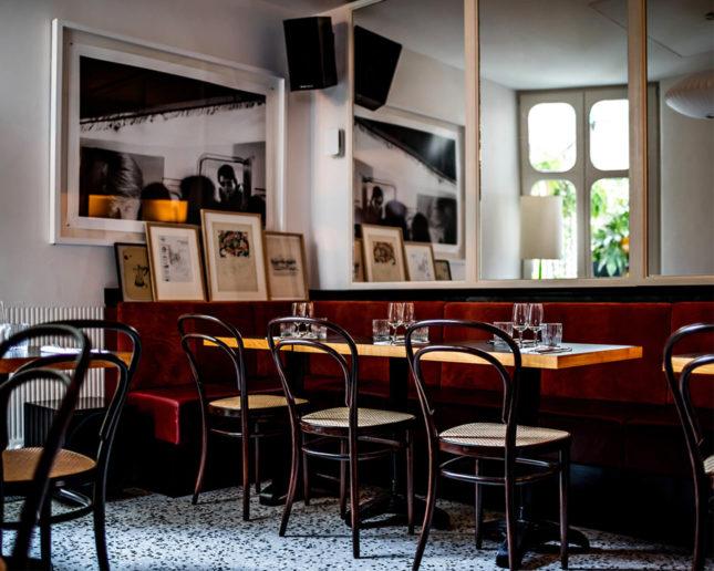 le pigalle paris restaurant decor hotel le pigalle. Black Bedroom Furniture Sets. Home Design Ideas
